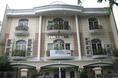PERKI House di Jl. Danau Toba 139 A-C